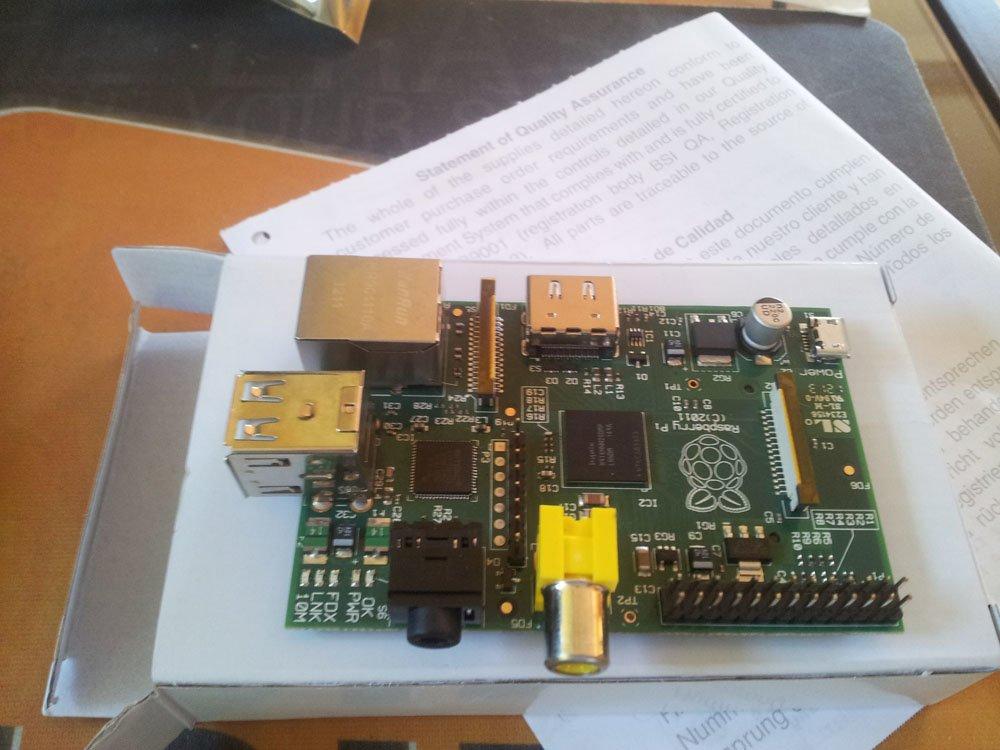 Esimene Raspberry PI